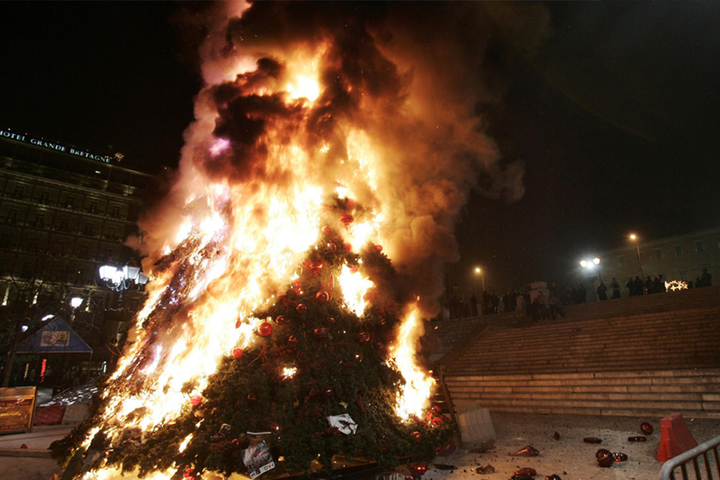 Burning Christmas tree, Greece 2008